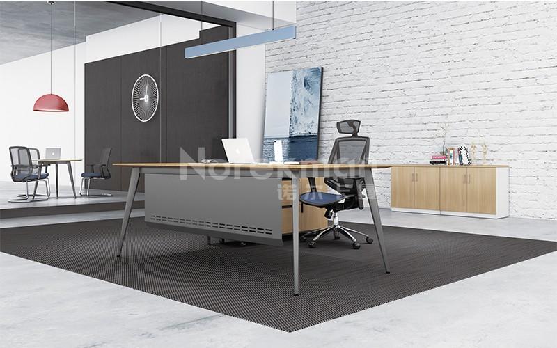 现代板式主管桌